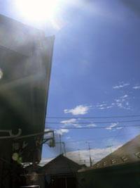 台風一過の東の空