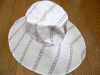 プレゼントの帽子