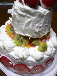 姪っ子ちゃんママお手製の絶品二段ケーキ!